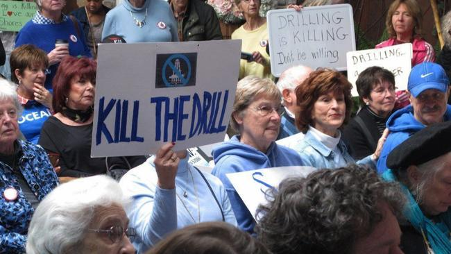 Offshore drilling protest in Hamilton, N.J. (Wayne Parry / AP)