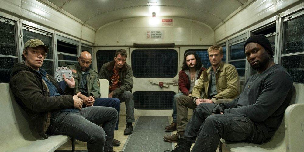 the-predator-new-cast-photo.jpg
