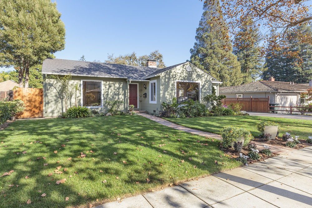 70 Woodsworth Ave, Redwood City, CA | $2,050,000