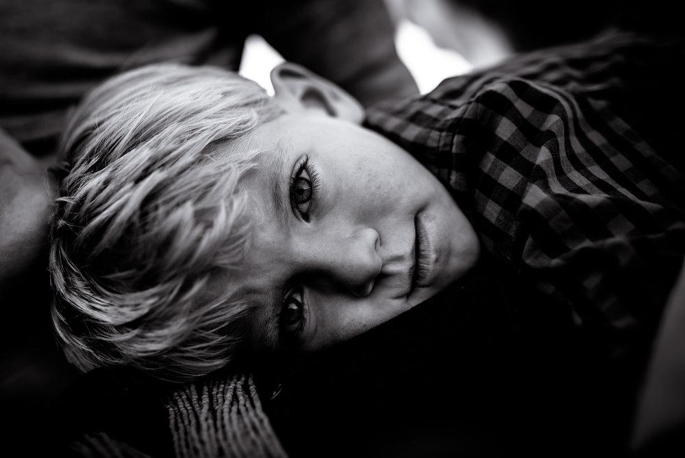 organic light photography children and newborns (12).jpg