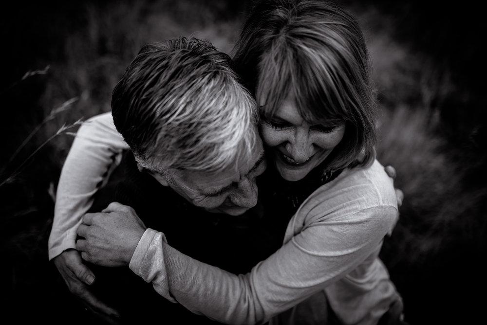 organic light photography couples maternity (1).jpg