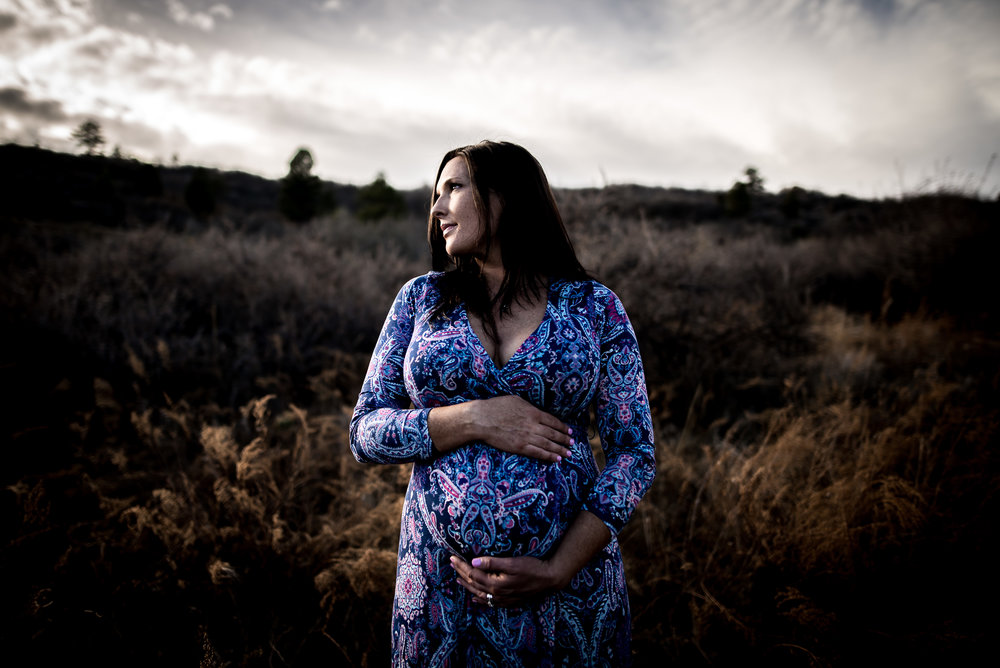 organic light photography couples maternity (5).jpg