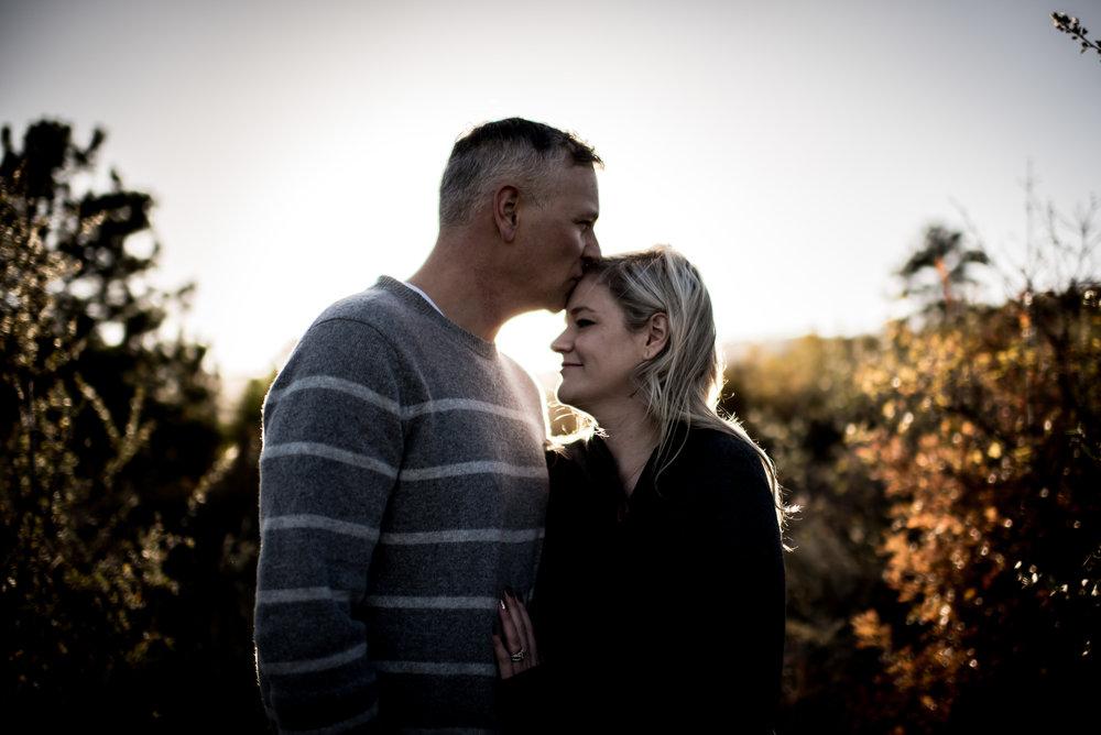 organic light photography couples maternity (15).jpg