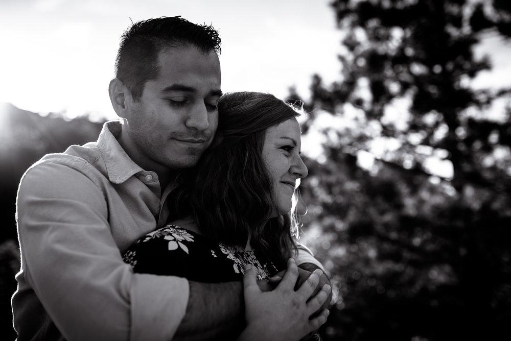 organic light photography couples maternity (19).jpg