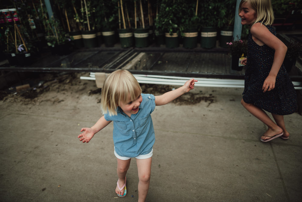 colorado springs family lifestyle gardening photography-24.jpg