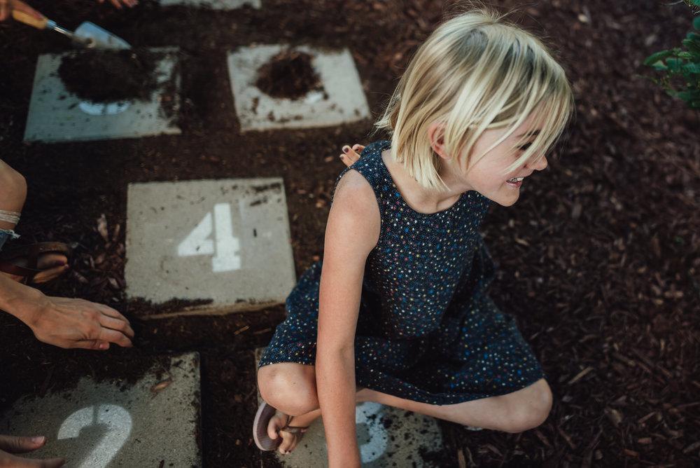 colorado springs family lifestyle gardening photography-28.jpg