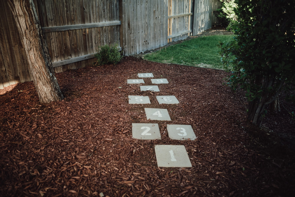 colorado springs family lifestyle gardening photography-27.jpg