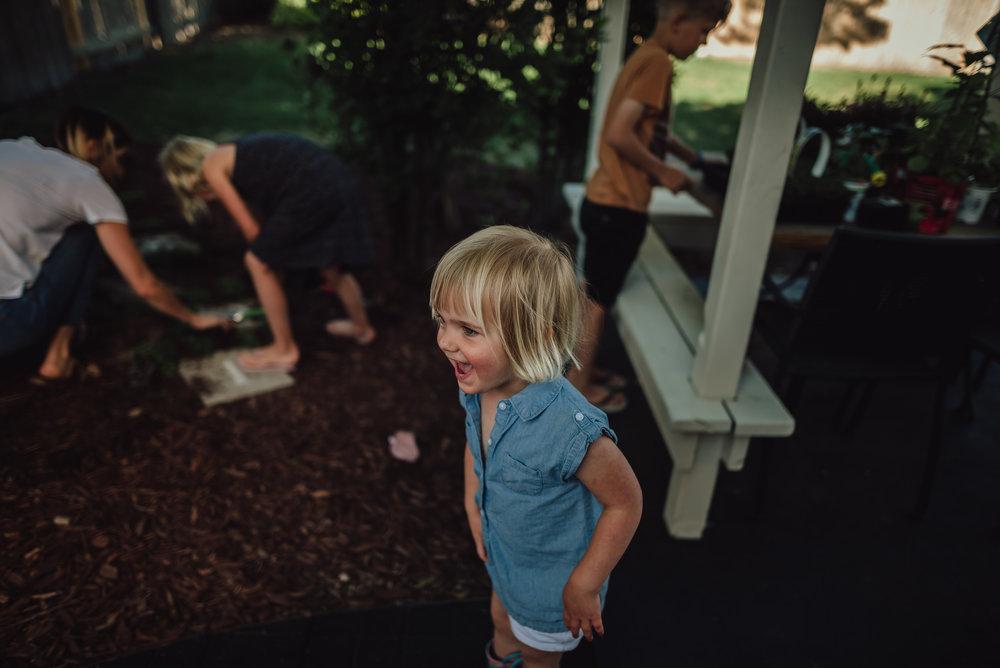 colorado springs family lifestyle gardening photography-39.jpg
