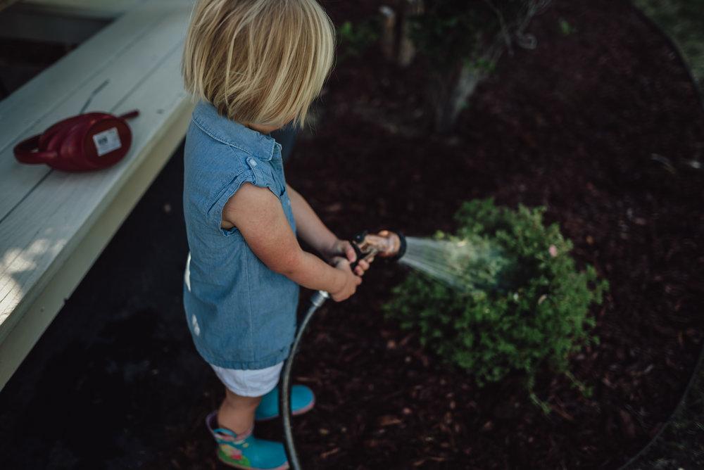 colorado springs family lifestyle gardening photography-65.jpg