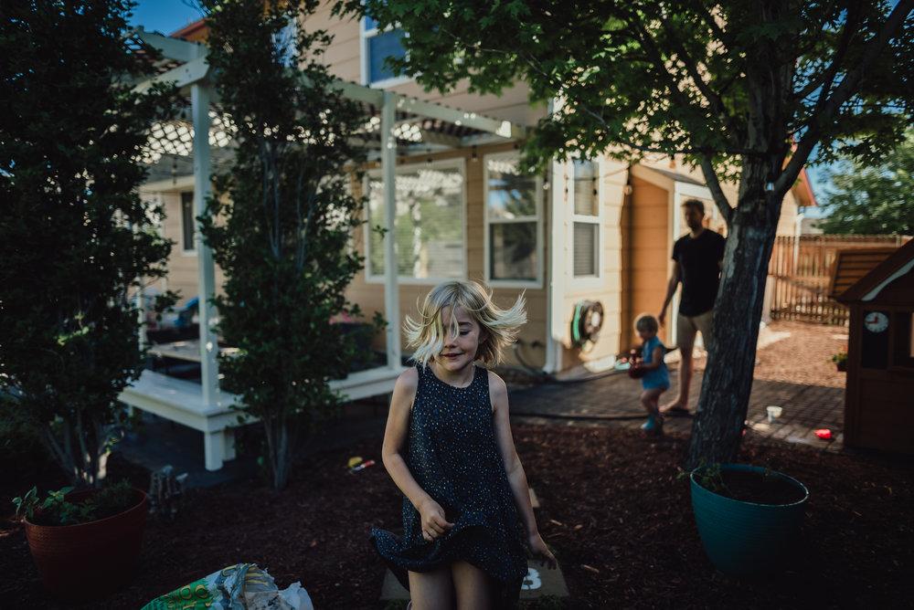 colorado springs family lifestyle gardening photography-83.jpg