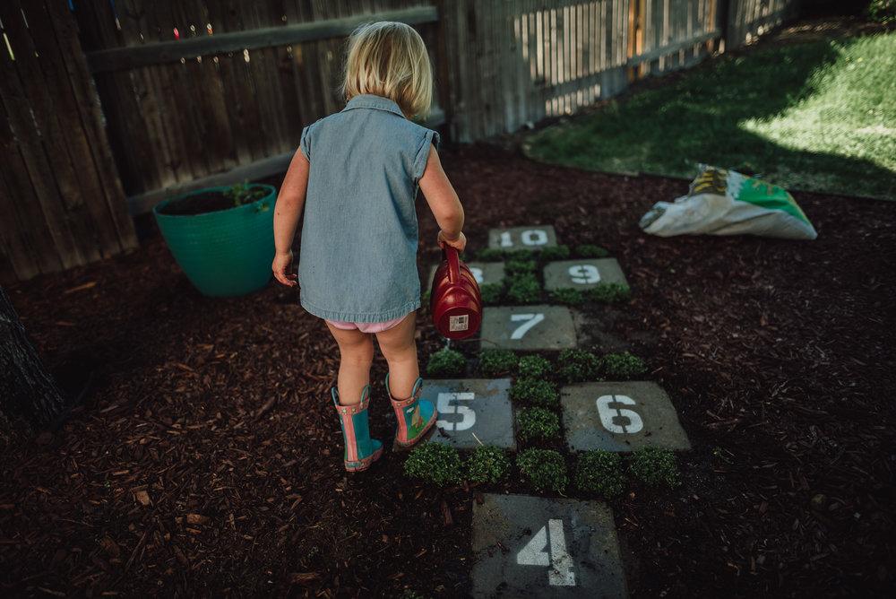 colorado springs family lifestyle gardening photography-85.jpg