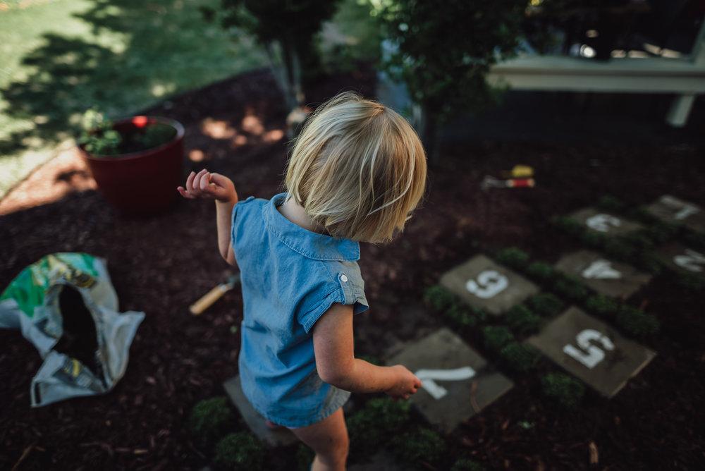 colorado springs family lifestyle gardening photography-87.jpg