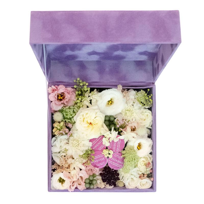 Minenssey_Valentines_Day_Special_Floral_Box_2.jpg