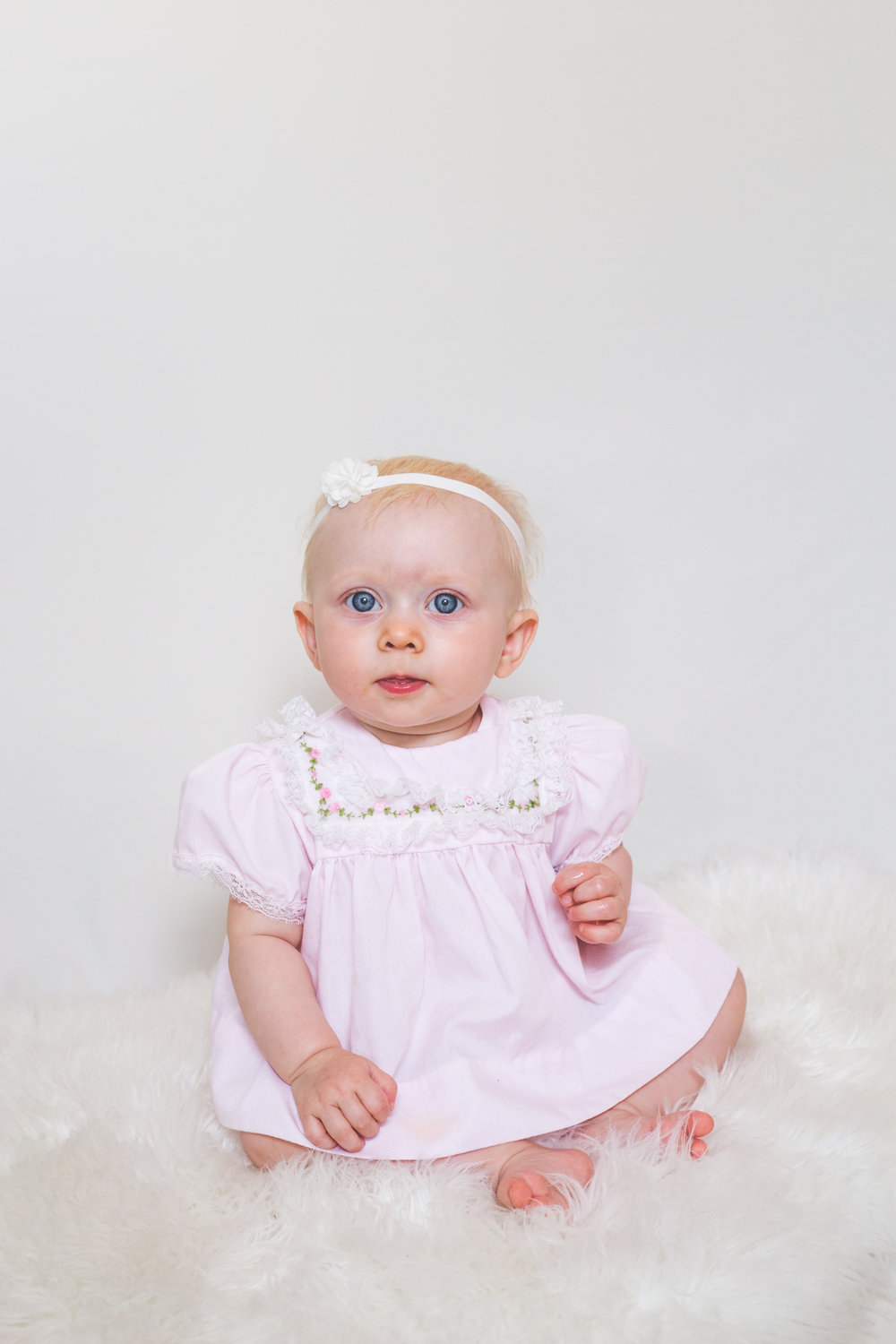 The First Year - $600($200 in savings)Newborn Session - 30 photos6 Month Session - 20 photos1 Year Session - 20 photosFamily Session - 30 photosAll photos delivered digitally via an online gallery