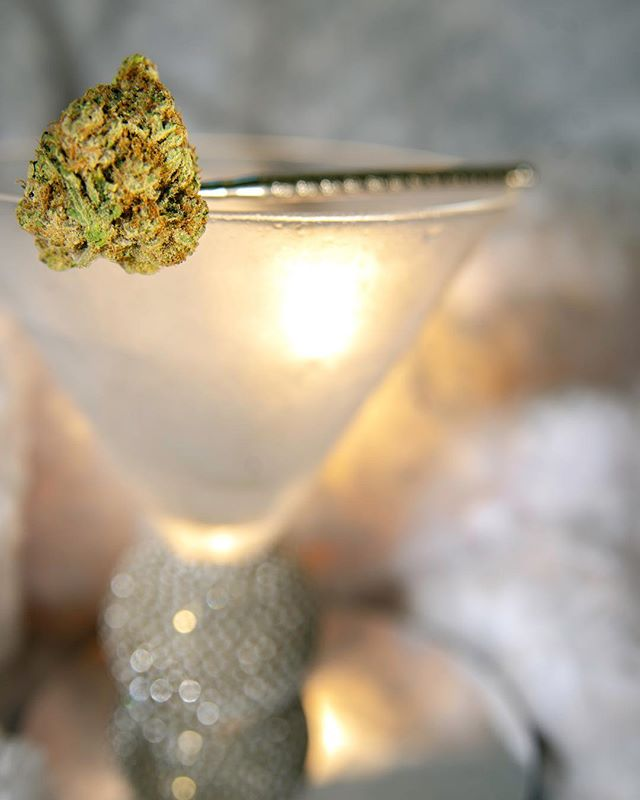 Here's to the weekend. Whether you prefer cannabis, a cocktail, or none of the above we're toasting you today.