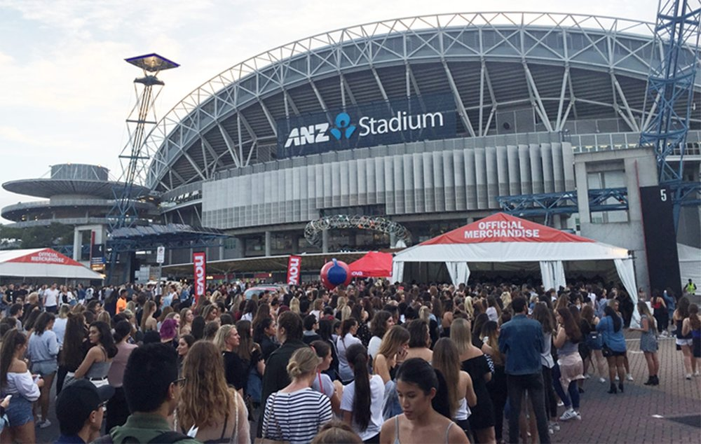 Sell-out crowd for Justin Bieber