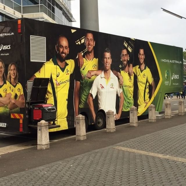 Love serving up gear to passionate Aussie cricket fans! #t20 #t20cricket #ausvsnz #officialmerchandise