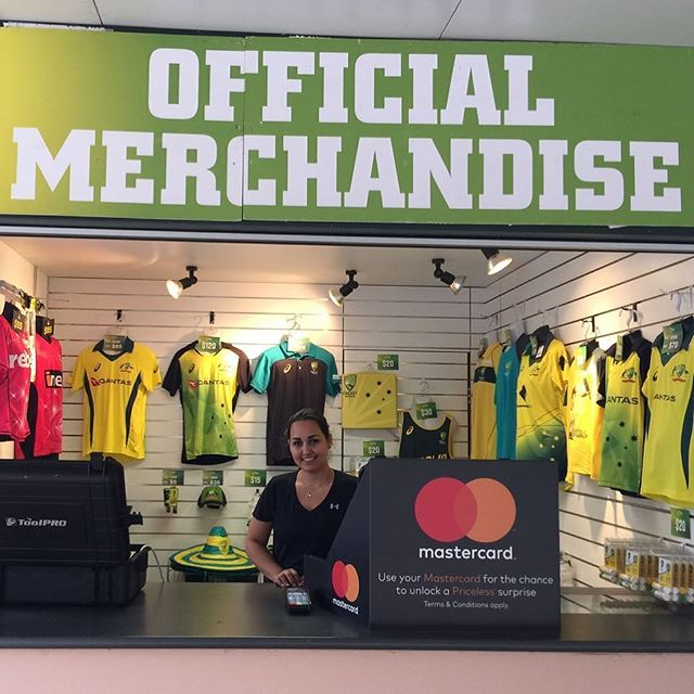 Service with a smile. #infiniteretail #sportsmerchandise #eventmerchandise