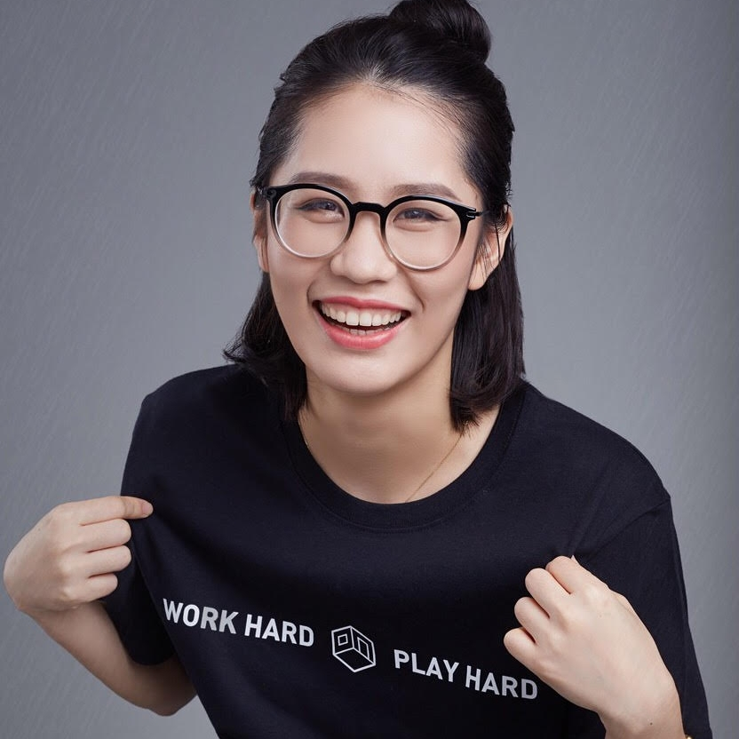 Kaye is the COO & Co-Founder of Woo Space, one of the leading co-working space startups in China. In March 2018, Woo Space merged with UrWork, creating an even stronger co-working culture in China. She holds a bachelor degree in Hospitality Administration from Cornell University. Prior to founding Woo Space, she worked as a consultant at Oliver Wyman and had extensive exposure to the hospitality industry through her time at Horwath, Extended Stay America, and Fairmont Hotel. In 2009, she co-founded Cornell GCC and later became the president of the chapter.