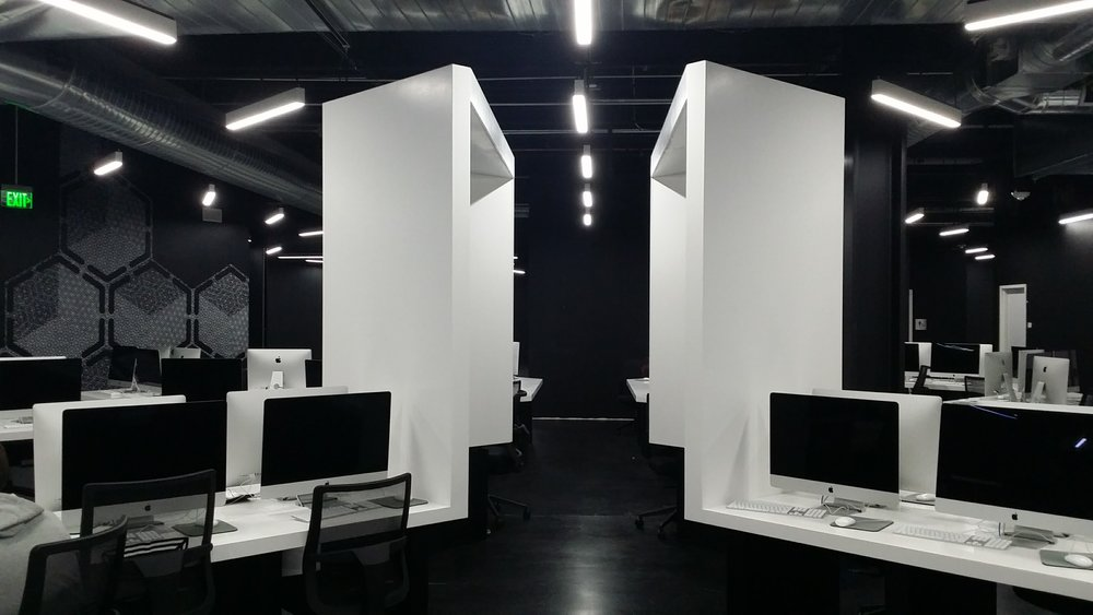 AR  -studio -architectures - ecole - 42  - US -Freemont-USA-Xavier-Niel-free-illiad (11).jpg
