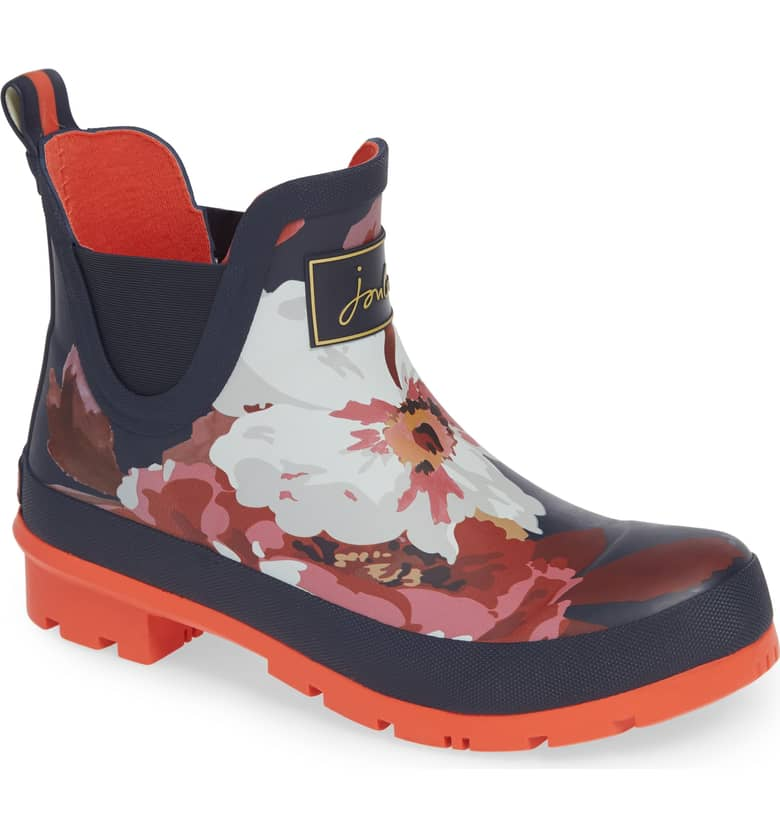 Joules Rain Boots $64 - I'm a big believer in wearing great shoes. Shoes should be part of your best self. Nicole lives in a rainy climate and I know she already has a pair of rain boots. BUT she doesn't have a pair of flowery ones! (Metaphorical) Sunshine in Every Step!