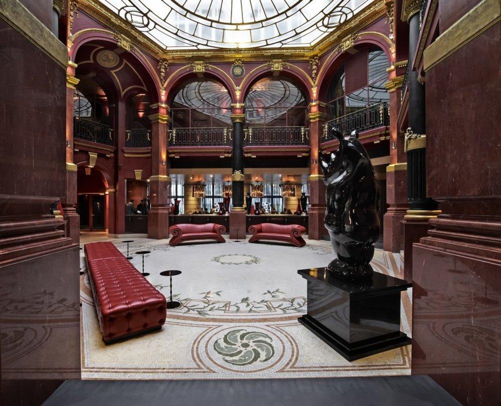 Banke-hotel-hall-cocktail-afterwork-elisa-les-bons-tuyaux.jpg