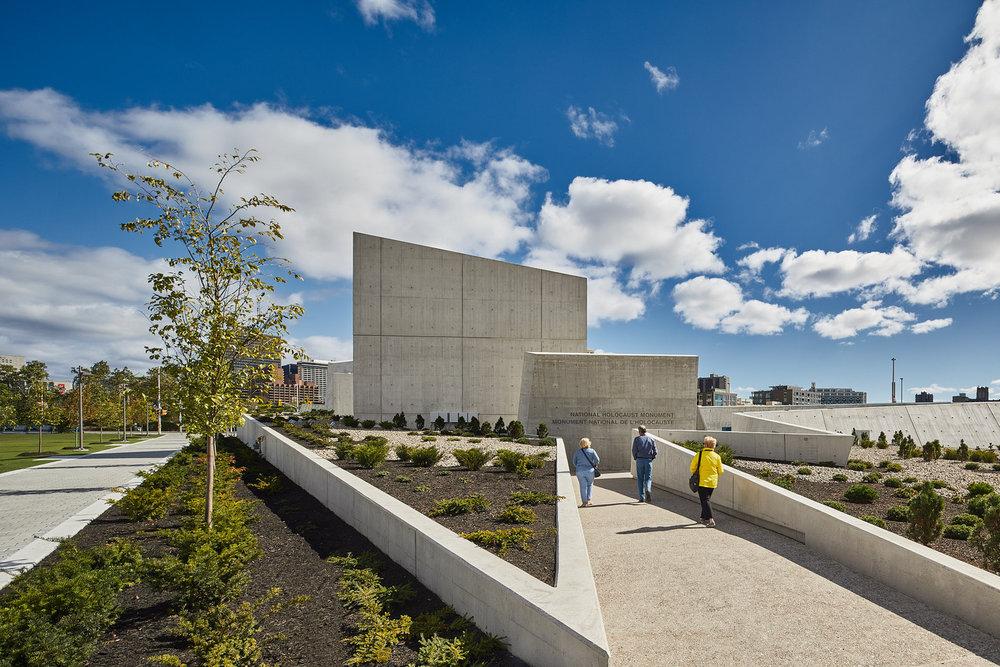 045-National_Holocaust_Monument.jpg