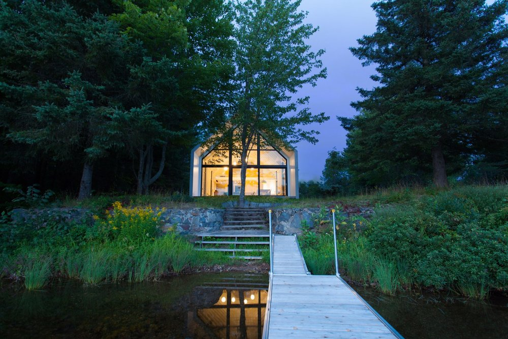 window-on-the-lake-yh2-architecture-residential-canada_dezeen_2364_col_17-1704x1136.jpg