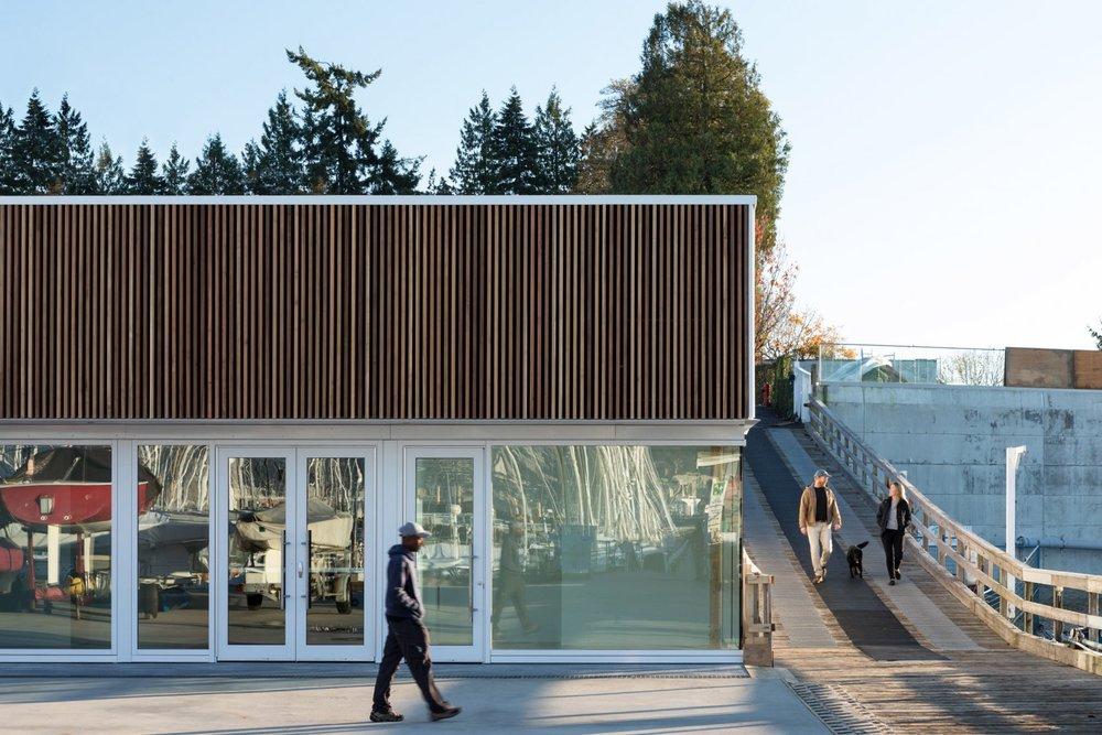 the-dock-building-michael-green-architecture-vancouver-canada_dezeen_2364_col_6-1704x1136.jpg