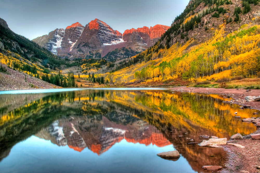 Maroon Lake reflecting the Maroon Bells, in the upper Maroon Creek valley.