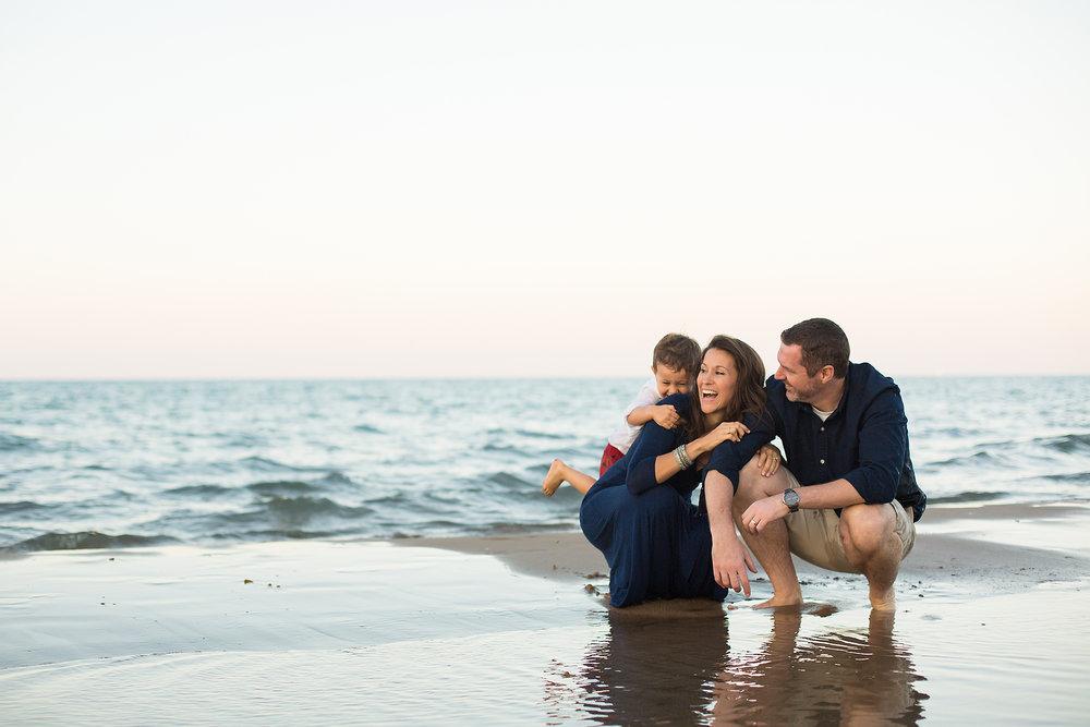 Bethany_Brinkworth_Photography-Family-Beach.jpg