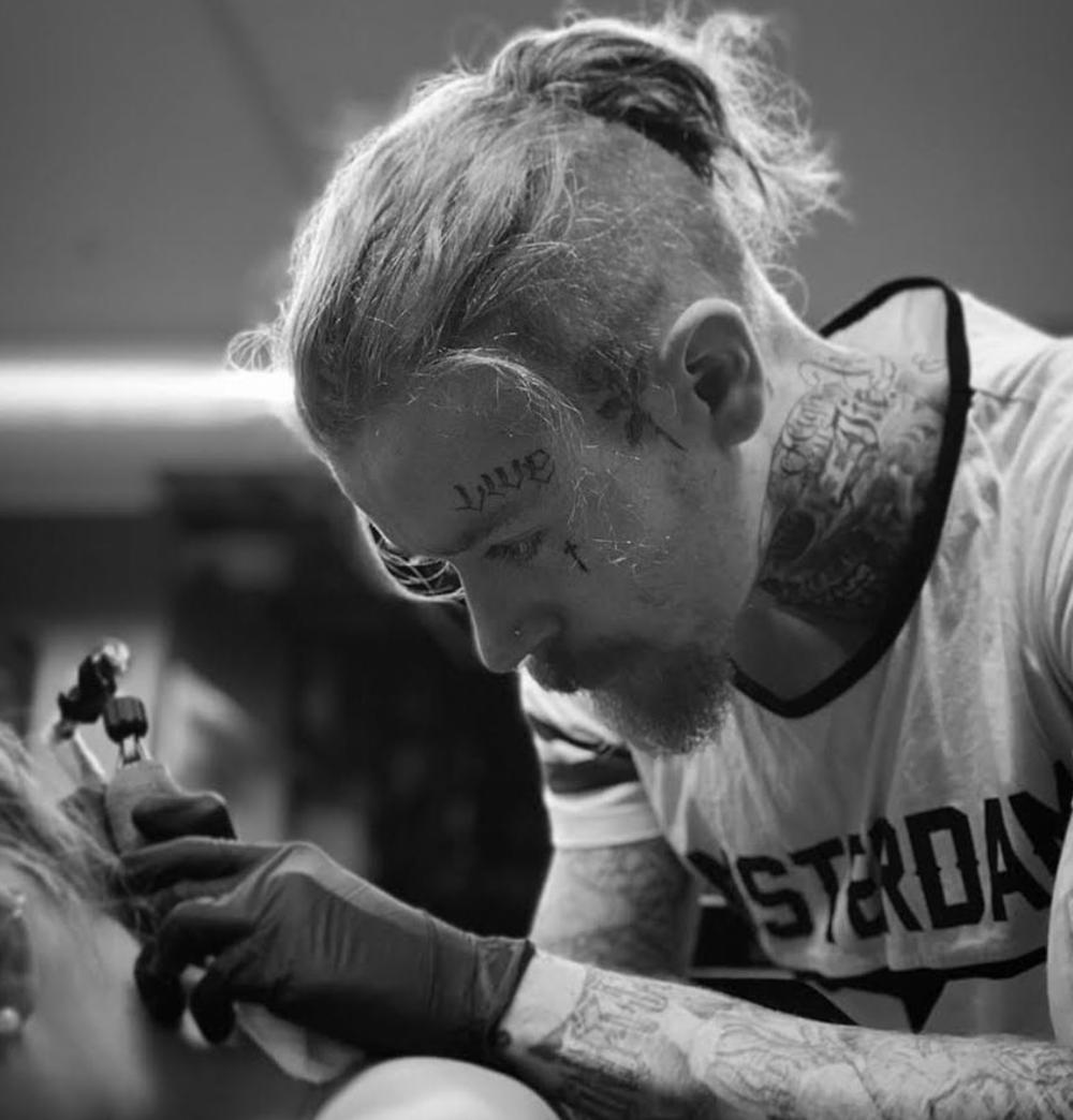 Liam tattoo 00.png