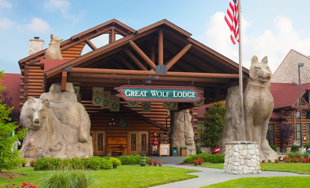 Great Wolf Lodge Picture.jpg