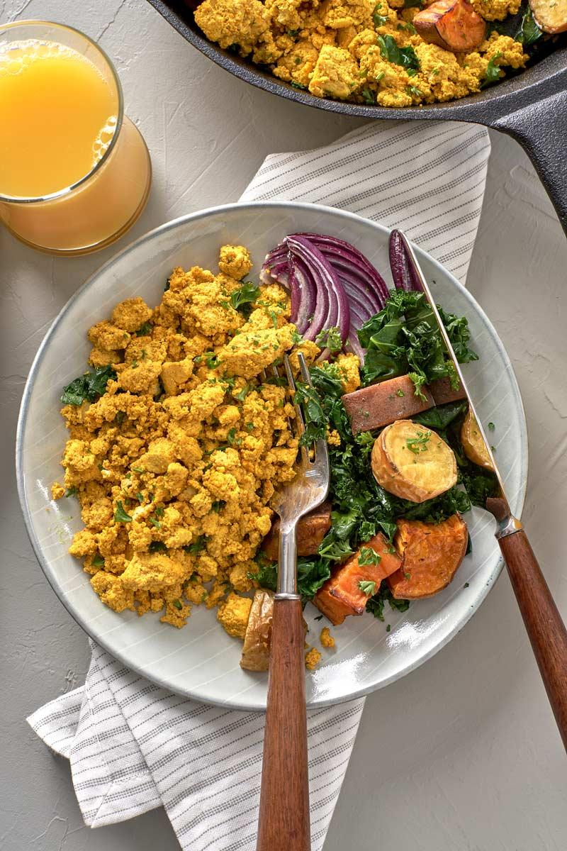 LouAndSue_NutritionalYeast6190.jpg
