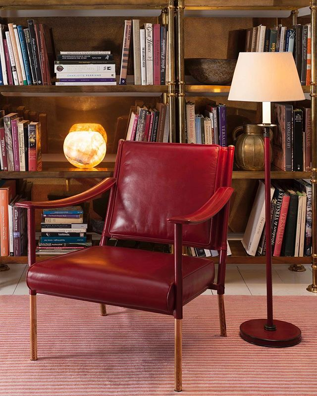 We have quite possibly found leather perfection in the Crillon chair for the library in project #countryhouse #hampshire #librarychairs #leatherarmchair #sourcing #interiordesign #residentialdesign #interiordesigners #interior_design #interiorinspo #interiorstyling #london #londonstyle #southkensington #kensington #belsizepark #hampstead #highgate #blackheath