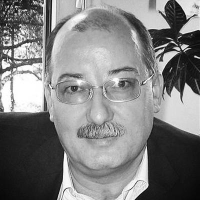 Dr. Matjaz Krajnc Slusni center ReSound slusni aparati specialist za sluh ORL