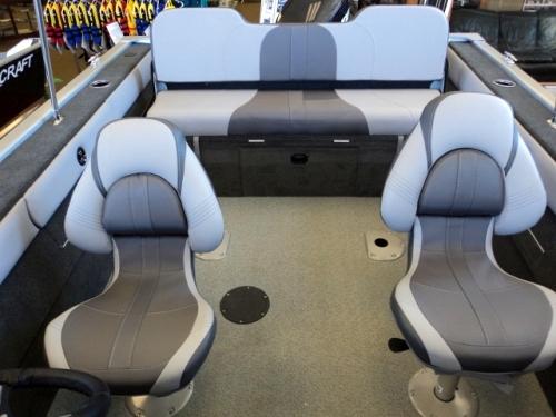 2017 Starweld 17DC Seating.jpg