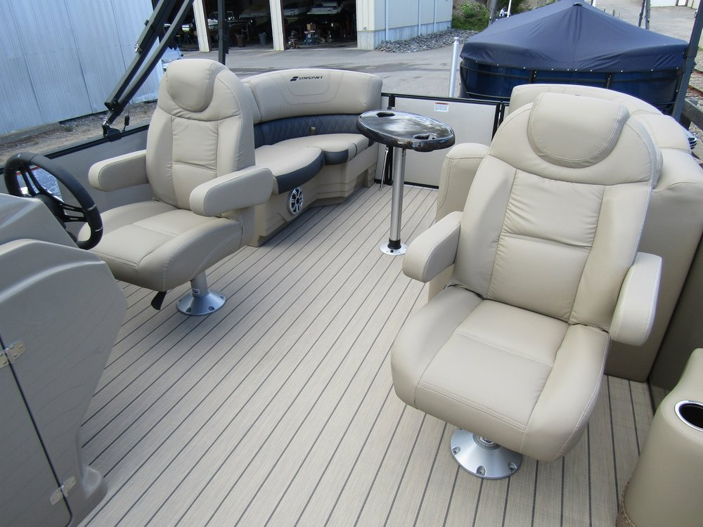 2019 Starcraft SLS1-Seating.jpg