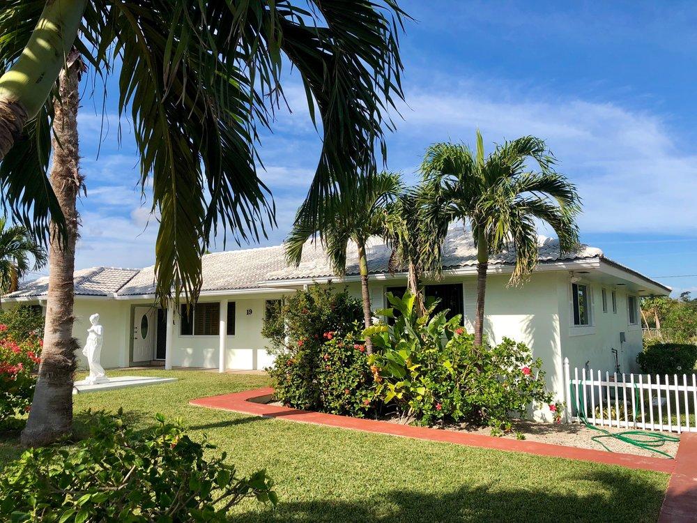 Blanc Maison Open Air Places Grand Bahama Island
