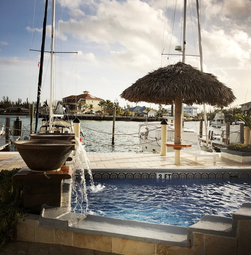 Open Air Places - Yacht Slainte Unique Vacation Rental Grand Bahama Island