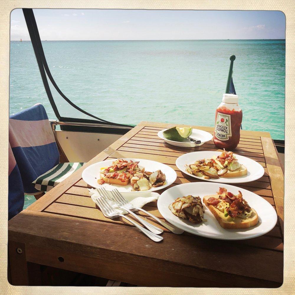 Open Air Places - Yacht SLAINTE Grand Bahama Island 5.JPG