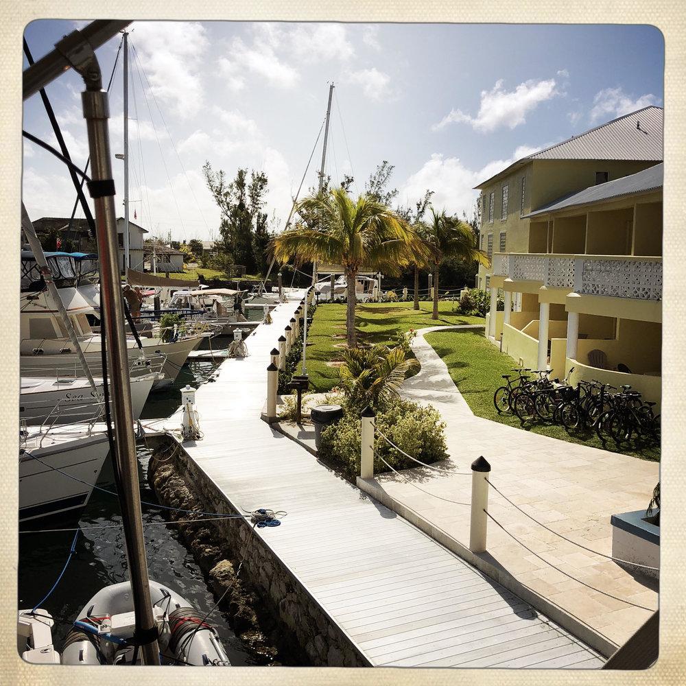 Open Air Places - Yacht SLAINTE Grand Bahama Island 9.jpg