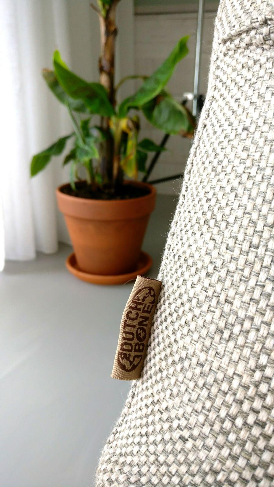 appartement nieuwbouw dutchbone fauteuil bananenplant groen urban jungl.jpg