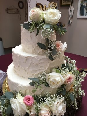 Buttercream and Flowers Wedding Cake