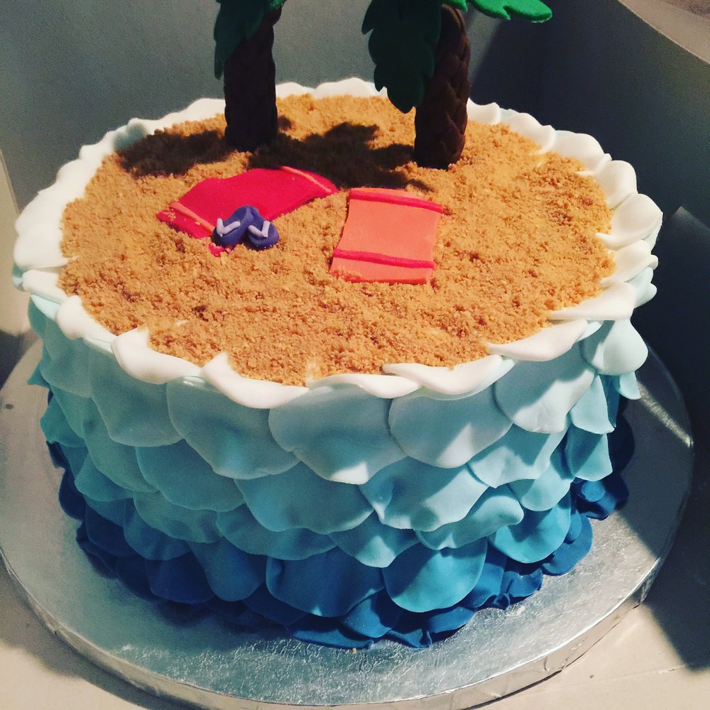 A Day at the Beach Birthday Cake