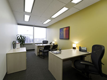 clear & neat office