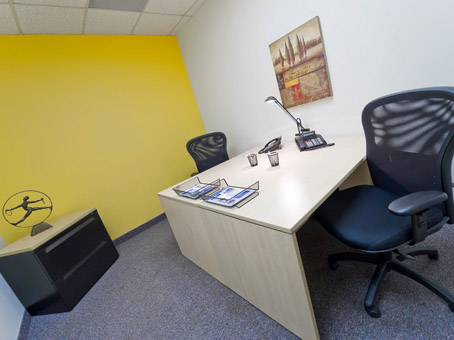 yello and white wall office look