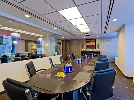long round table and chairs in the meeting room