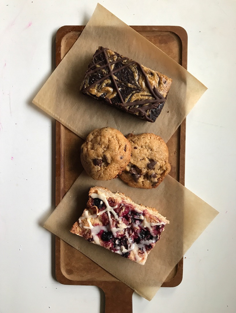 - who is flora?flora bakeshop is an all vegan pop-up bakery in san diego, california. flora was inspired by the term