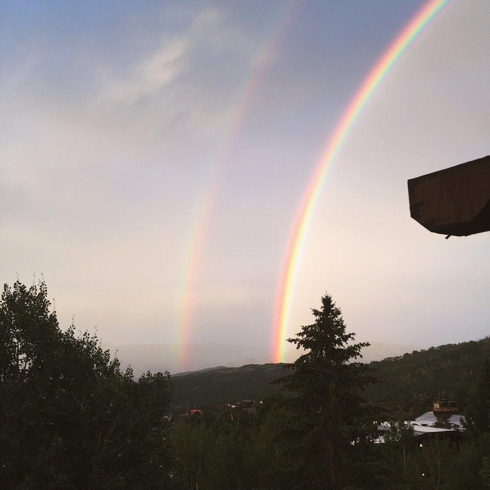 Двойная радуга - частое явление в этих местах.